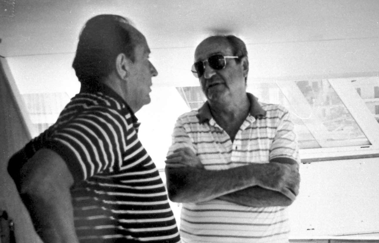 Με τον επί δεκαετίες υπουργό Εξωτερικών της Δυτικής Γερμανίας Χανς Ντίντριχ Γκένσερ