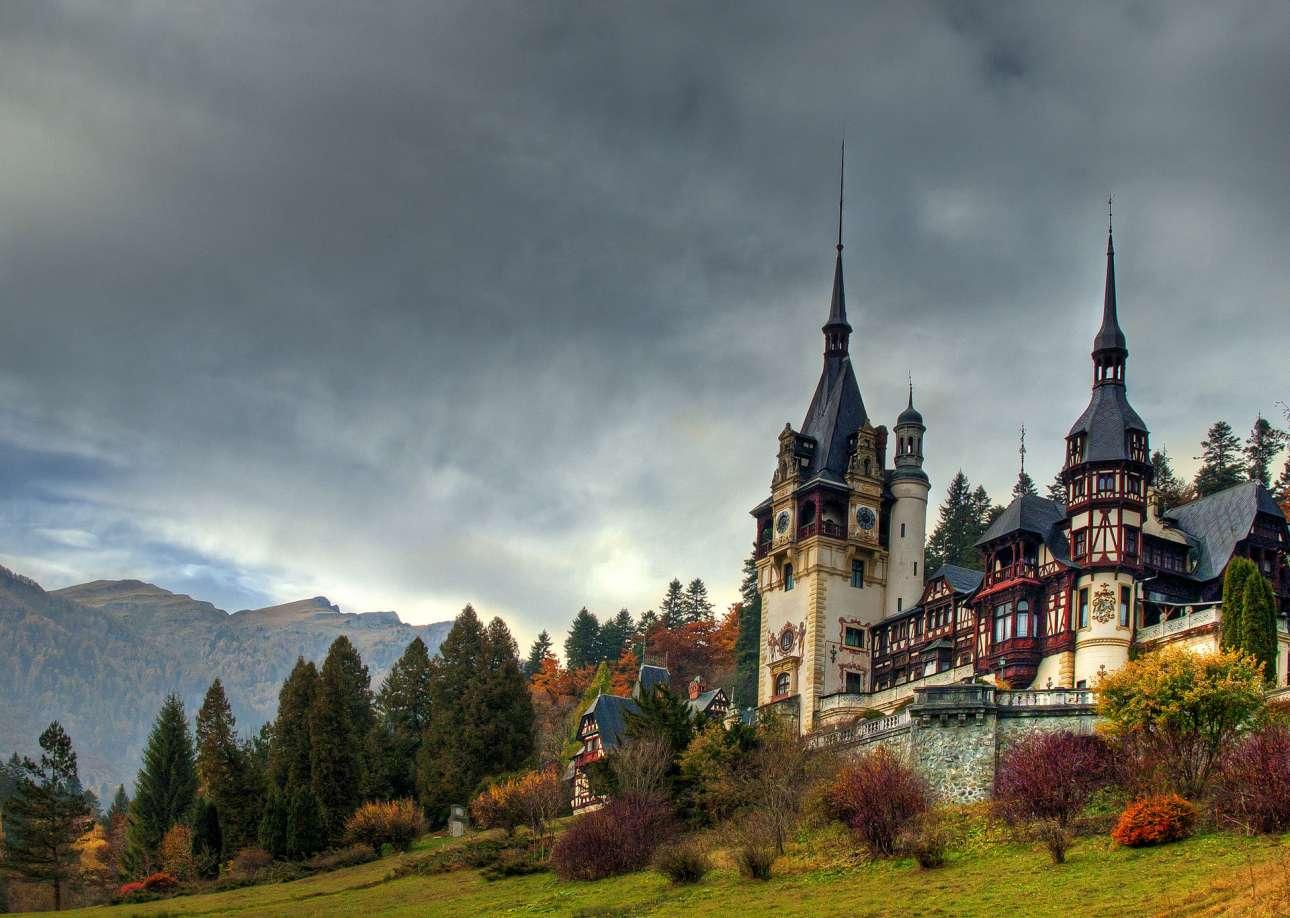 Castelul_Peles,_wiki_TiberiuSahlean