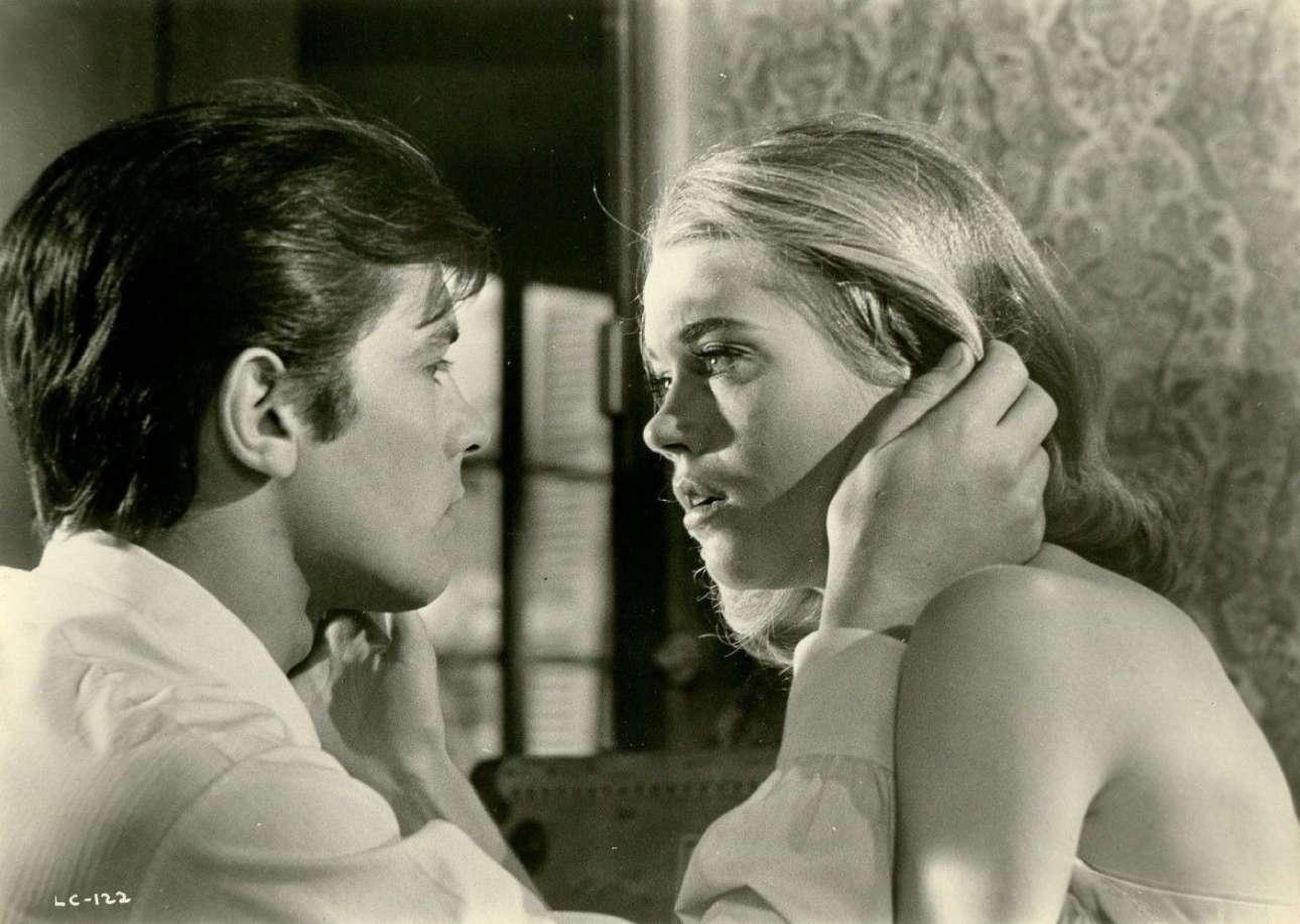 Με την υπέροχη Τζέιν Φόντα το 1964 στο «Les félins» του Ρενέ Κλεμάν. Το φιλμ προβλήθηκε στην Ελλάδα με τον τίτλο «Ο Τυχοδιώκτης του Μόντε Κάρλο»