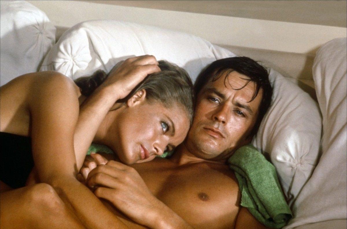 Με την πανέμορφη Ρόμι Σνάιντερ στην «Πισίνα» (1969) του Ζακ Ντερέ