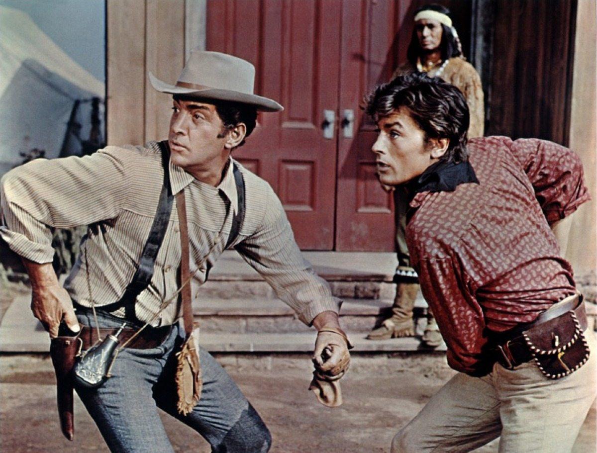 Με τον Ντιν Μάρτιν στους «Αετούς του Τέξας» (1966)