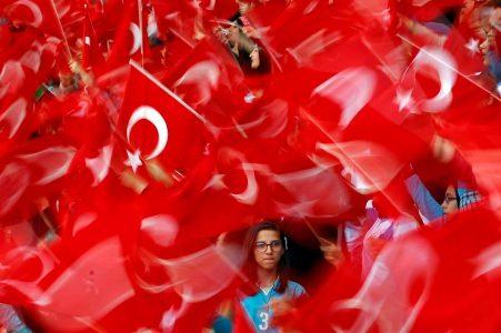 2017-05-26T184252Z_1667003348_RC1731C18D10_RTRMADP_3_TURKEY-POLITICS