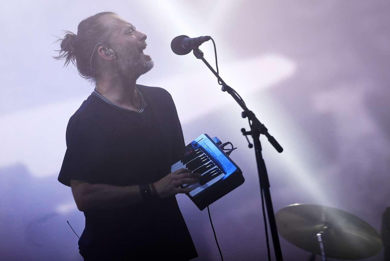 Αργά την Παρασκευή, η κεντρική σκηνή ανήκε στους Radiohead