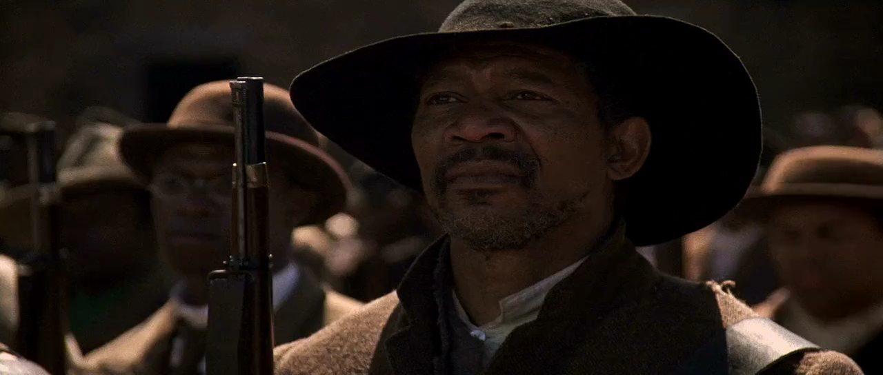 Στο «Glory» (1989), που προβλήθηκε στην Ελλάδα ως «Glory, o δρόμος προς τη δόξα». Η ταινία χάρισε στον Ντένζελ Ουάσιγκτον Οσκαρ β' ανδρικού ρόλου, γεγονός ιδιαίτερα σημαντικό καθώς αφροαμερικανός ηθοποιός είχε να τιμηθεί από την εποχή του Σίντνεϊ Πουατιέ