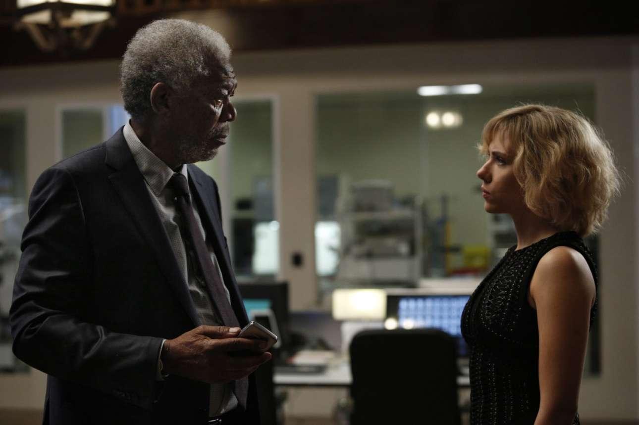 Με τη Σκάρλετ Γιόχανσον στο «Lucy» (2014)