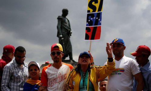 2017-07-16T204511Z_655923853_RC1D57E7DCE0_RTRMADP_3_VENEZUELA-POLITICS-EXPATRIATES