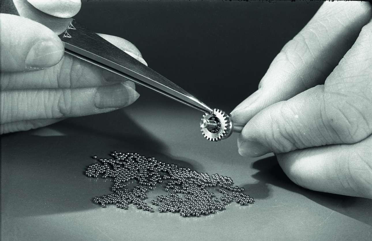 Λεπτομέρεια από τη διαδικασία κατασκευής της  Leica