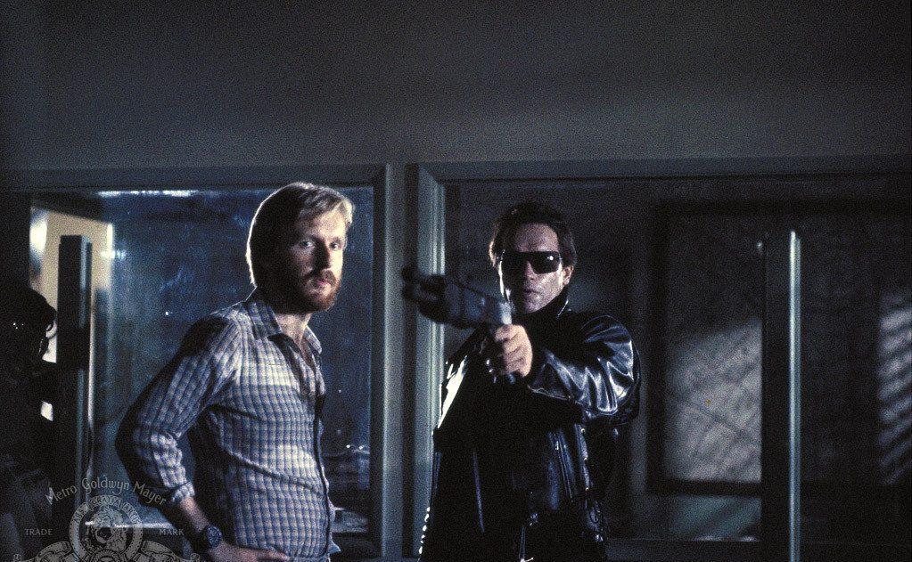 Υπό τις σκηνοθετικές οδηγίες του Τζέιμς Κάμερον στον «Εξολοθρευτή». Παίζοντας το ρομπότ είχε ελάχιστες ατάκες, αλλά μία που έμεινε στην ιστορία: «I ll be back»