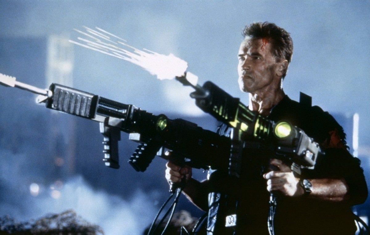 Ξανά με τα όπλα στα χέρια, στο θρίλερ «Απόλυτη Διαγραφή», ταινία που δεν θα έβλεπε κανείς αν δεν έπαιζε σε αυτήν ο Σβαρτσενέγκερ