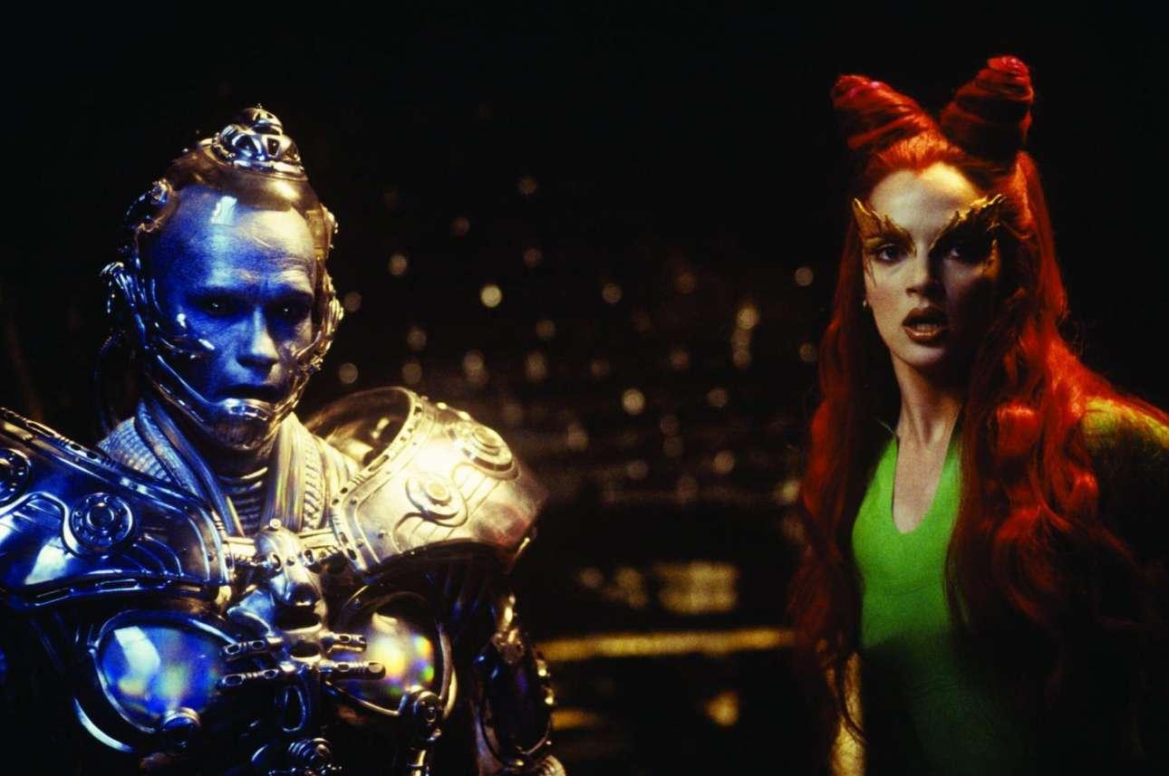 Με την Ούμα Θέρμαν ως Iceman στο «Μπάτμαν και Ρόμπιν» το 1997. Είναι η παρακμή εκείνης της σειράς Μπάτμαν, τον οποίο στο φιλμ ενσάρκωνε ο Τζορτζ Κλούνεϊ
