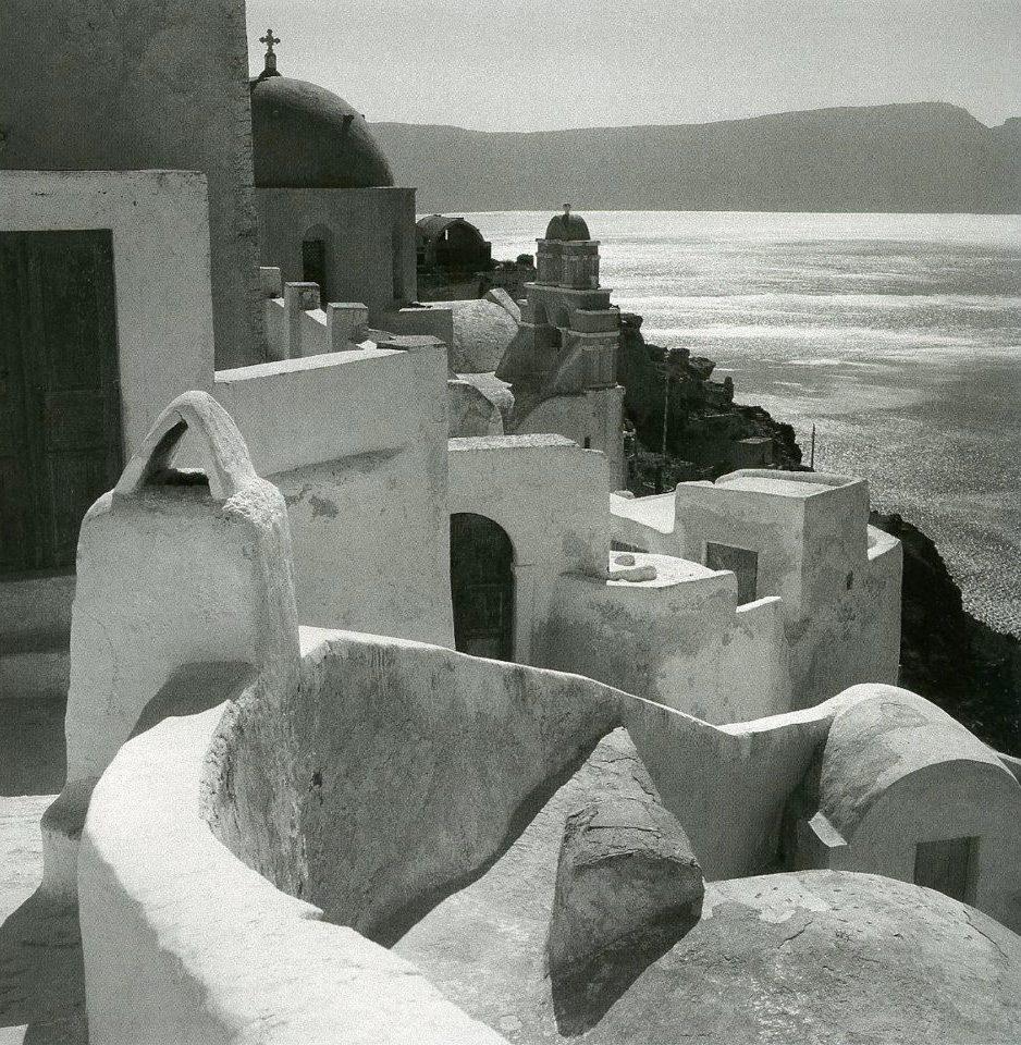 Η πανέμορφη Οία στη Σαντορίνη πριν κατακλυστεί από τουρίστες, 1950-55