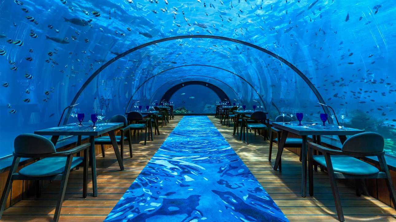 Hurawali-underwater-restaurant