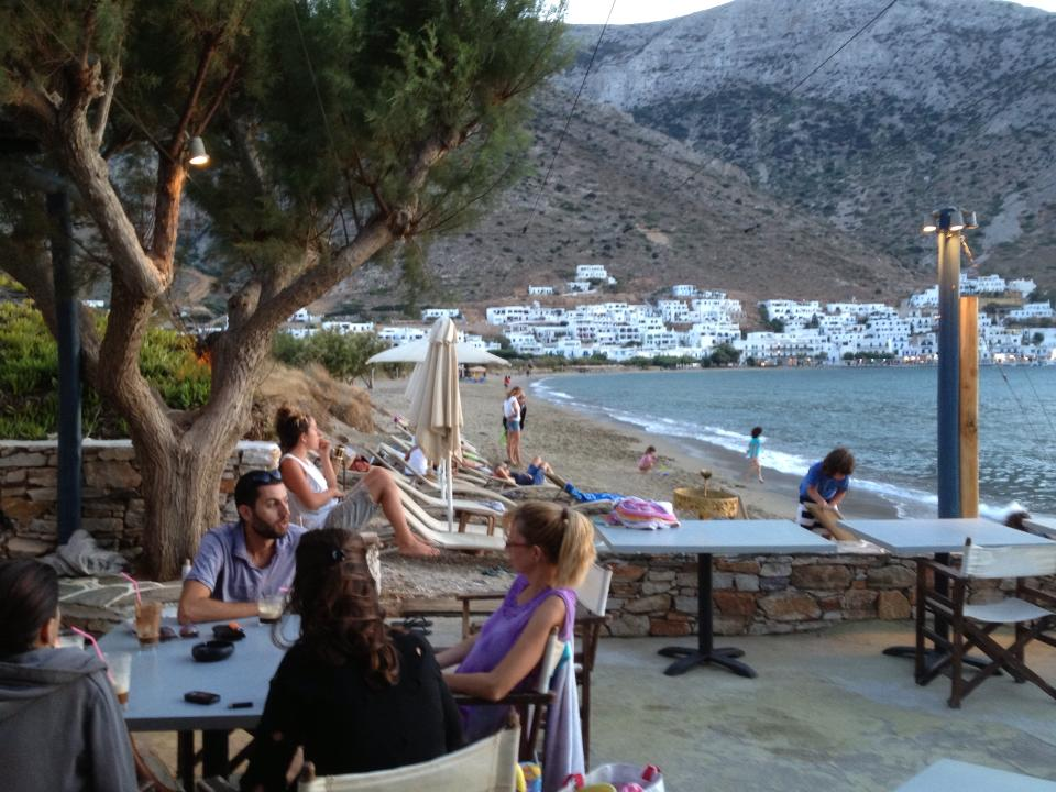 Isalos All Day Restaurant bar-Sifnos-Cyclades-1-FB