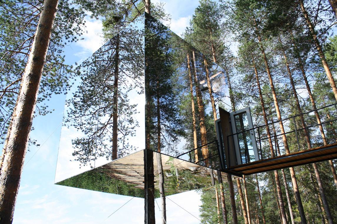 Tree Hotel-Country Holidays FB
