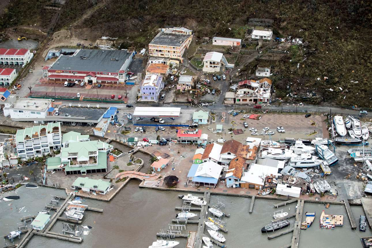 Φωτογραφία με τις καταστροφές στην ολλανδική πλευρά του νησιού Αγιος Μαρτίνος που έδωσε στη δημοσιότητα το ολλανδικό υπουργείο Αμυνας