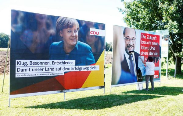 2017-08-29T124801Z_214698457_RC1924E62B10_RTRMADP_3_GERMANY-ELECTION-MERKEL
