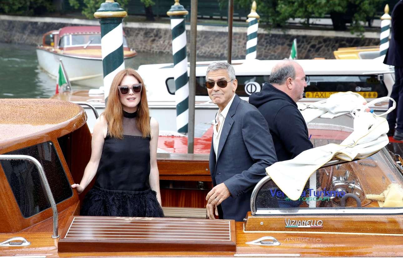 Ο Τζορτζ Κλούνεϊ βρίσκεται στη Βενετία ως σκηνοθέτης του «Suburbicon», στο οποίο πρωταγωνιστεί η Τζούλιαν Μουρ