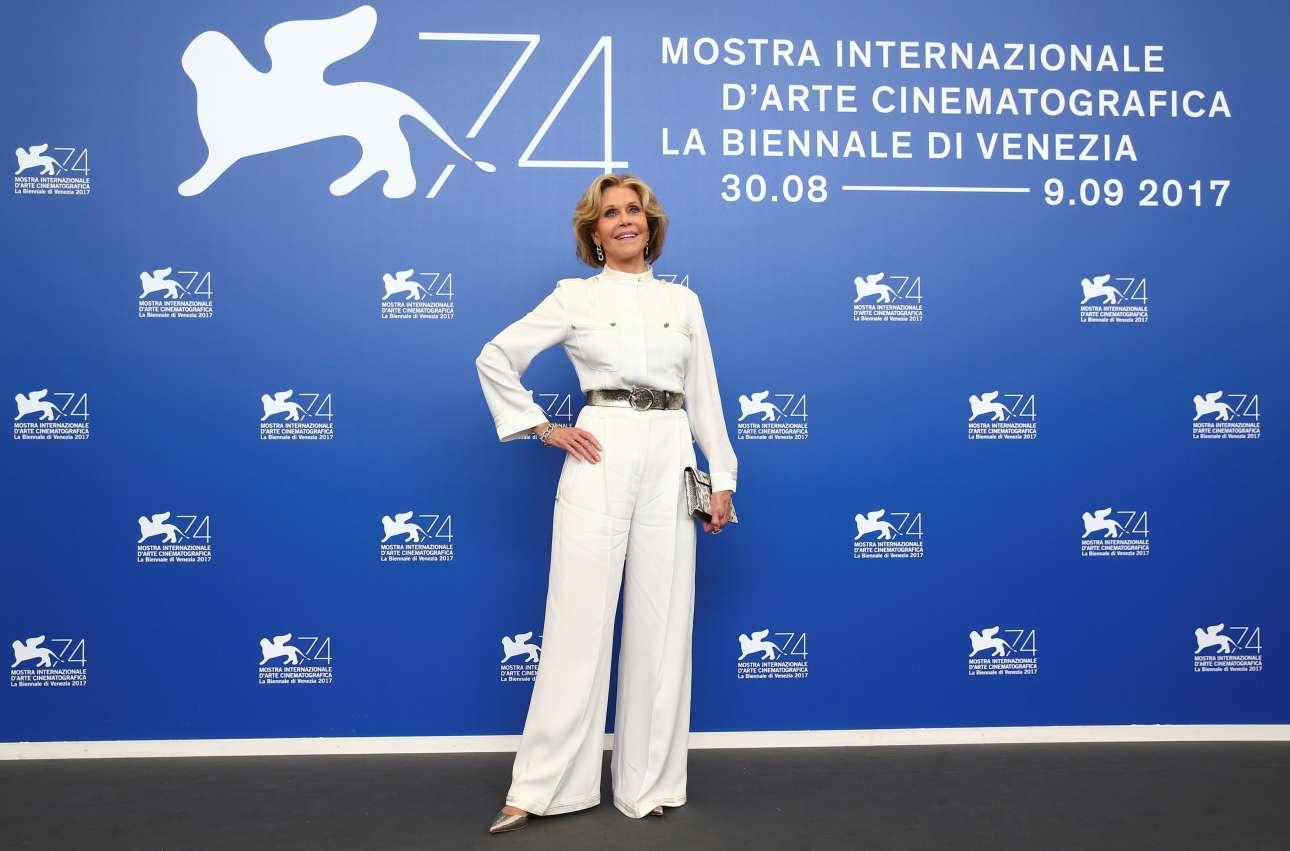 H Tζέιν Φόντα πάντα αγέρωχη. Πρόκειται να βραβευτεί στη Βενετία για το σύνολο του έργου της και την προσφορά της στην Εβδομη Τέχνη
