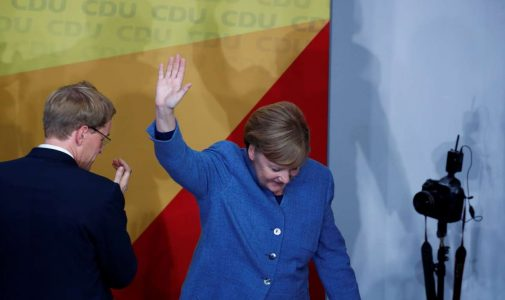 2017-09-24T170212Z_341915194_RC1AFAAC9910_RTRMADP_3_GERMANY-ELECTION-REACTION-MERKEL
