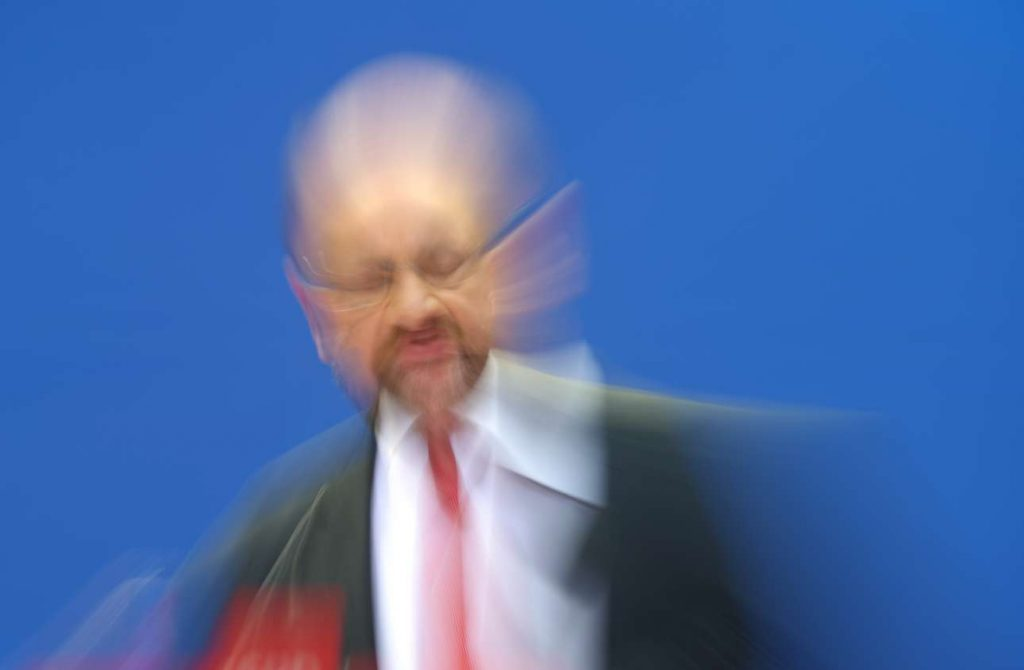 2017-09-25T121138Z_1757766903_UP1ED9P0XVD2F_RTRMADP_3_GERMANY-ELECTION-REACTION-SCHULZ