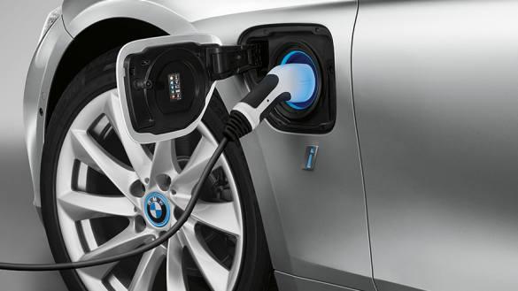 BMW 3-series iPERFORMANCE_power