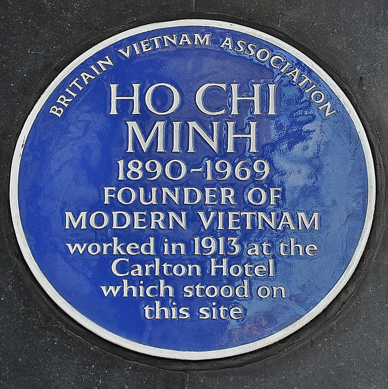 Blue_plaque_Ho_Chi_Minh,_Haymarket,_London (1)
