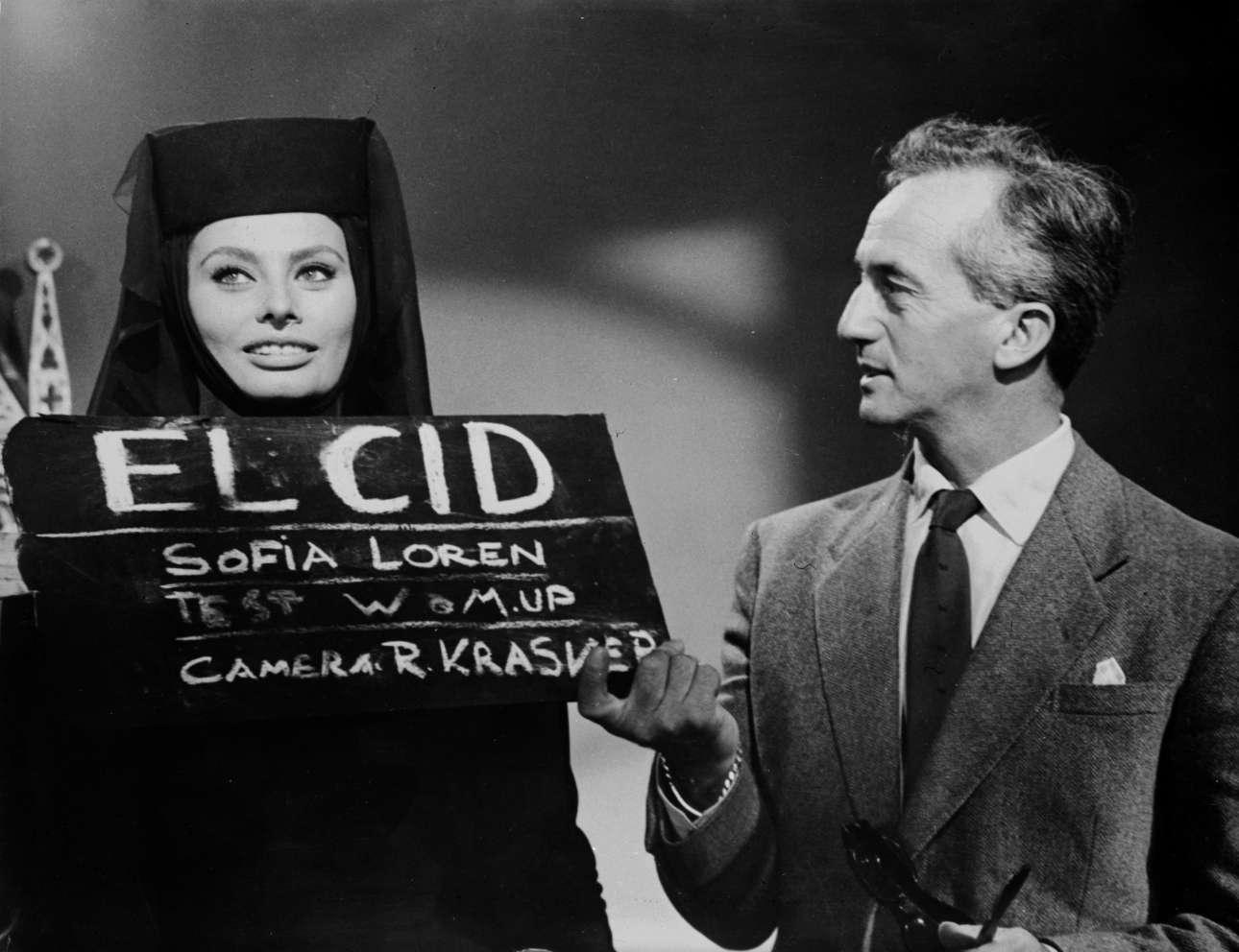 Νοέμβριος 1960, η Σοφία Λόρεν σε ένα δοκιμαστικό για το πώς «βγαίνει» χωρίς μακιγιάζ για το έπος «Ελ Σιντ» στο οποίο έπαιζε πλάι στον Τσάρλτον Ιστον