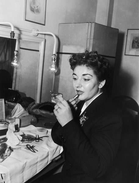 American-born Greek opera singer Maria Callas (1923 - 1977) in her dressing room at the Royal Opera House in Covent Garden, after a successful performance in the Bellini opera 'Norma', 10th November 1952. (Photo by R. Mitchell/Express/Getty Images)