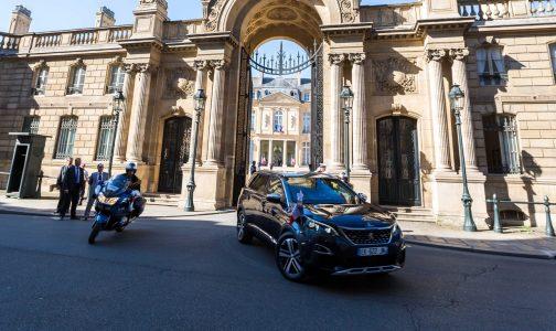 Peugeot 5008-Macron_illisia