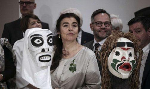 koniordou maskes