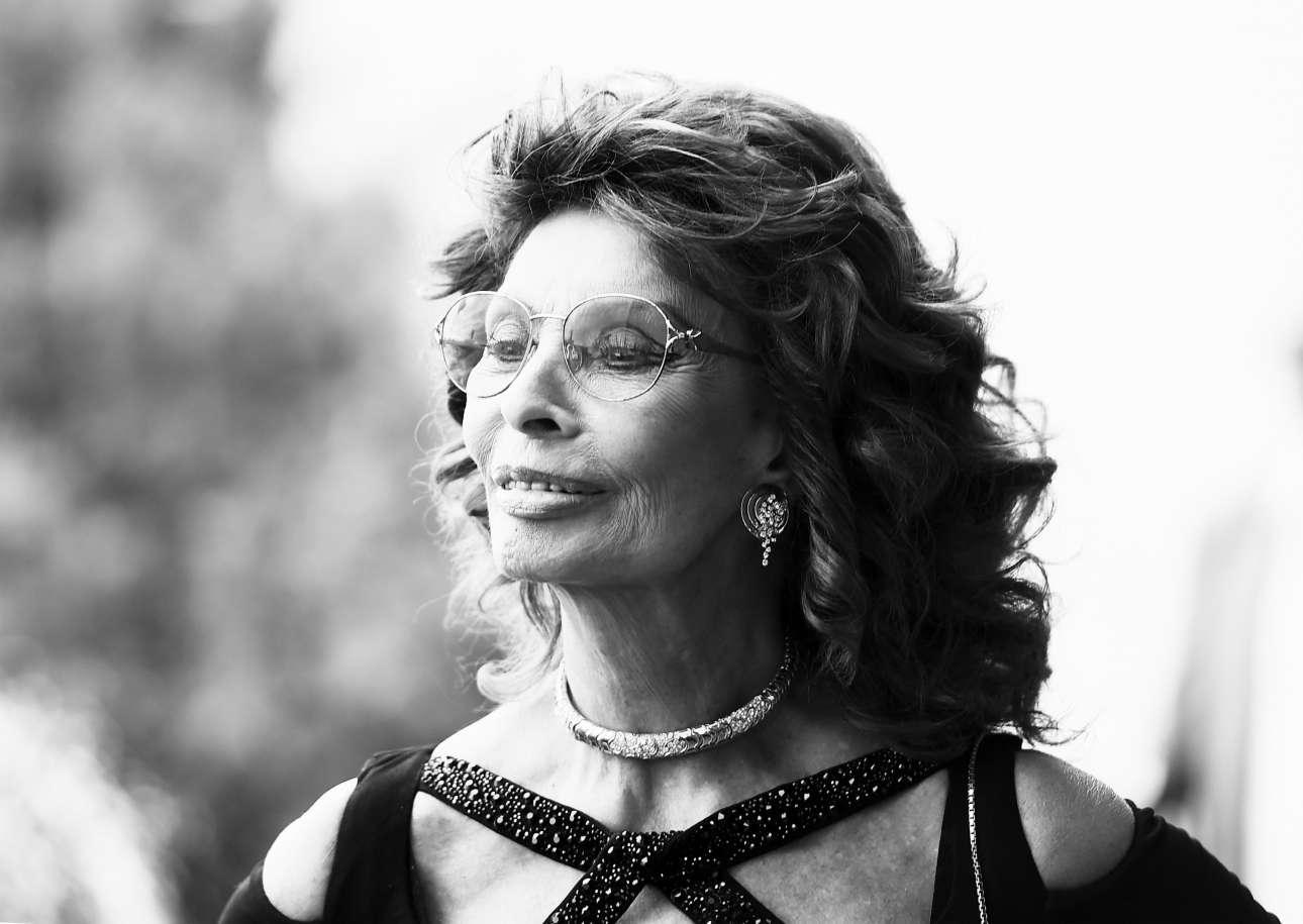 Ιούλιος 2015, Λος Αντζελες. Η Σοφία Λόρεν σε ακόμη μια χολιγουντιανή πρεμιέρα