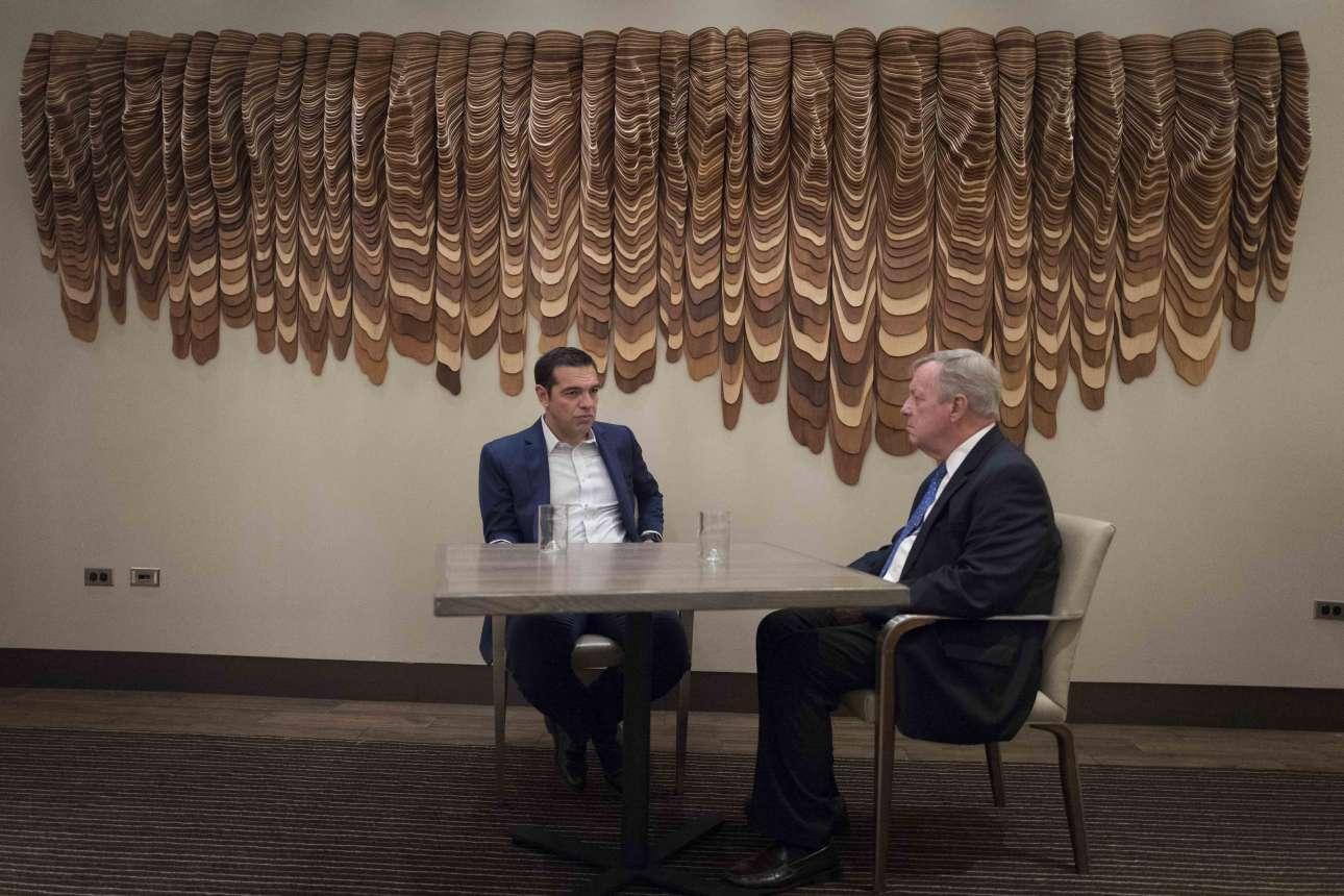 Συνάντηση του Πρωθυπουργού με τον γερουσιαστή Ντ. Ντέρμπιν. «H στήριξη που παρείχαν και εξακολουθούν να παρέχουν στη χώρα μας οι ΗΠΑ είναι πολύ σημαντική» είπε ο κ. Τσίπρας