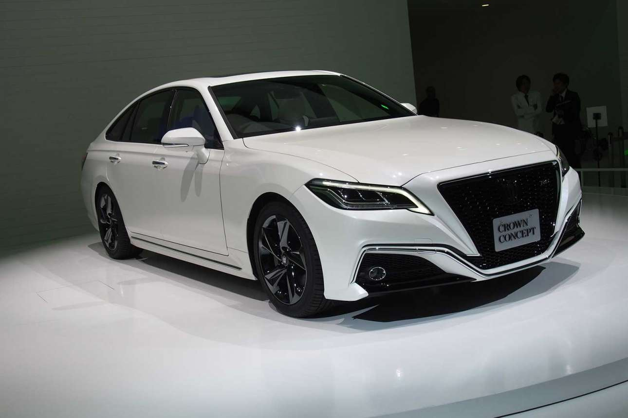 Toyota-Crown-Concept-04