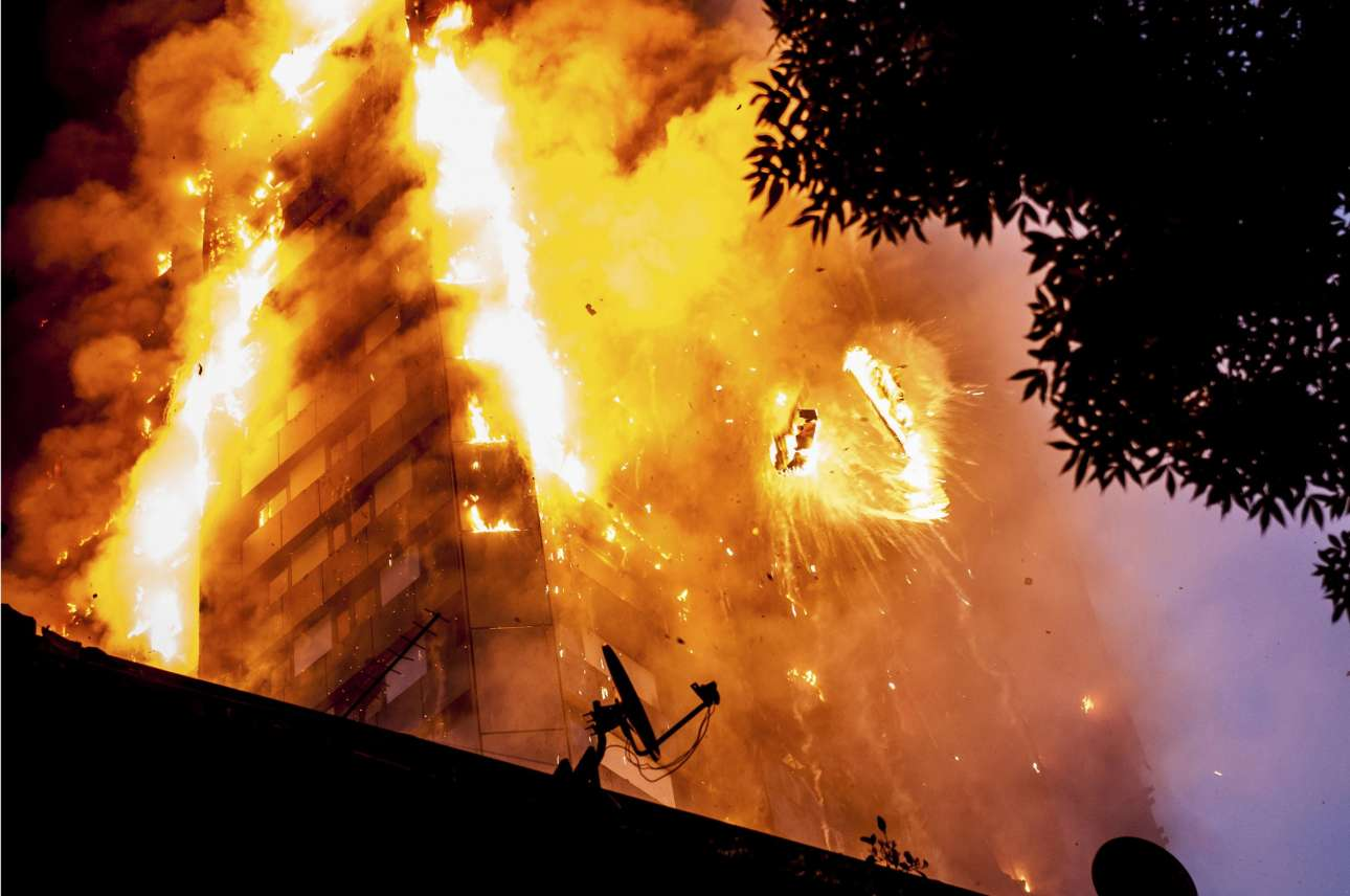 Η φονική πυρκαγιά στον Πύργο Γκρένφελ, στο δυτικό Λονδίνο