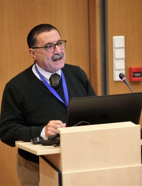 O πρόεδρος του ΚΕΕΛΠΝΟ, καθηγητής Θεόφιλος Ρόζενμπεργκ
