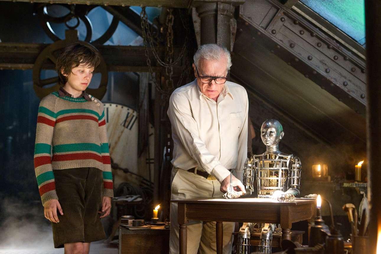 Στα γυρίσματα του «Hugo» (2011)  με τον Ασα Μπάτερφιλντ. Ενας πειραματισμός του και στο 3D