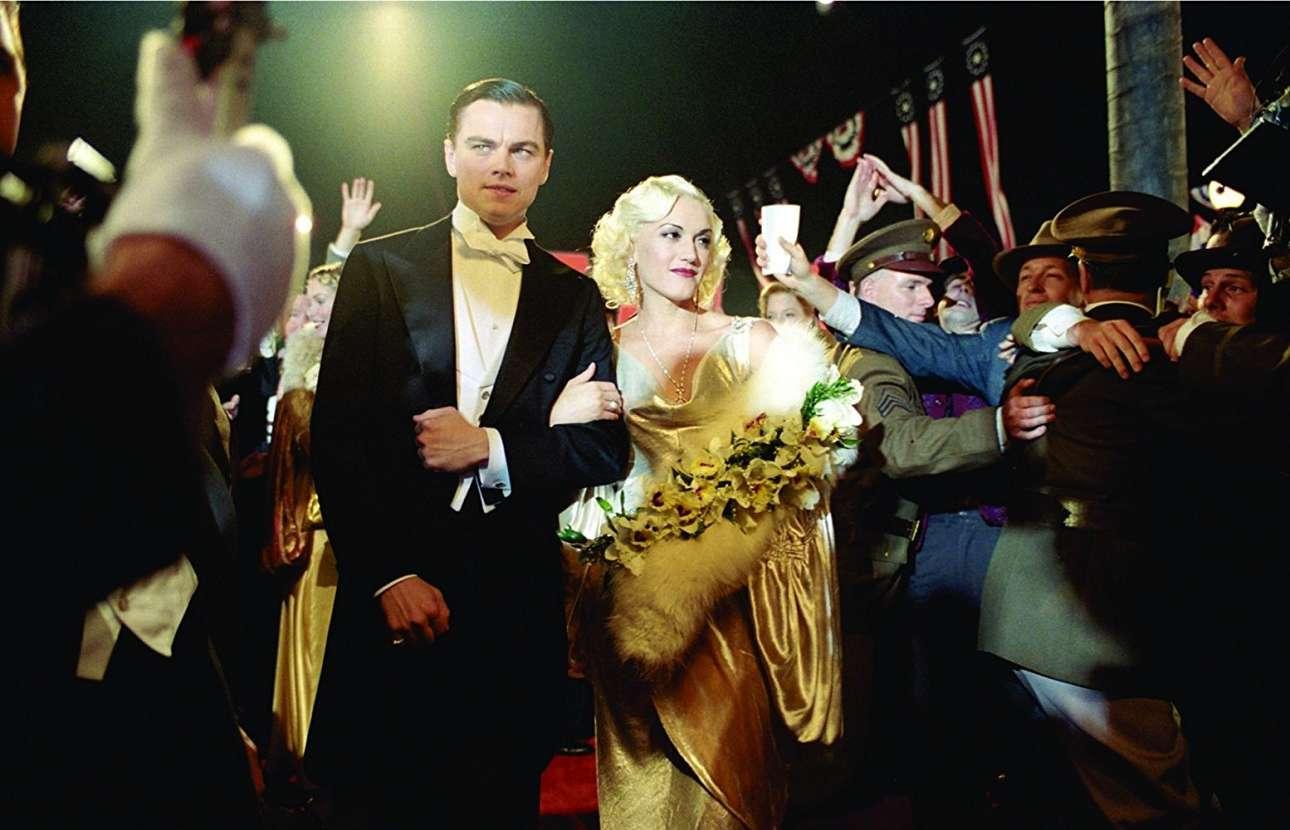 Με την Γκουέν Στεφάνι, ως Χάουαρντ Χιουζ στο «Aviator» (2004) του Μάρτιν Σκορτσέζε