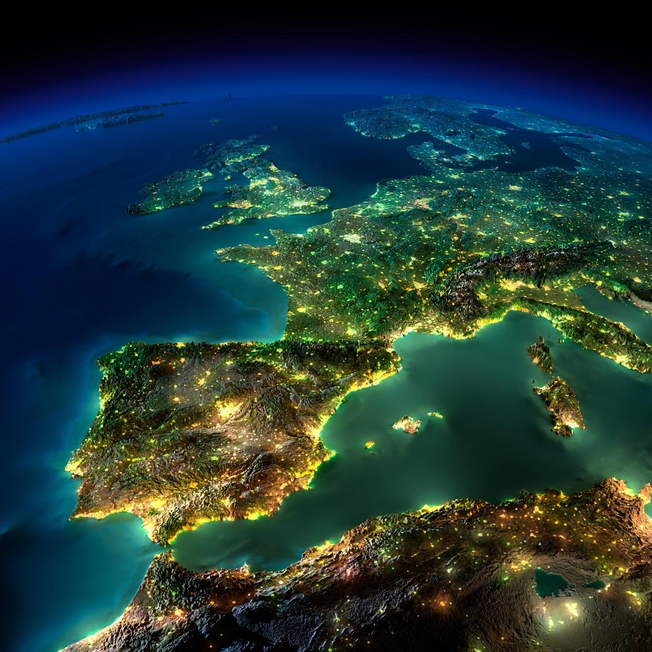 Ισπανία, Γαλλία, Ολλανδία, Βέλγιο και προς τα πάνω Σκανδιναβικές χώρες και Φινλάνδία. Το άλλο μισό της Ευρώπης, φωταγωγημένο κι αυτό... (φωτό: Shutterstock)