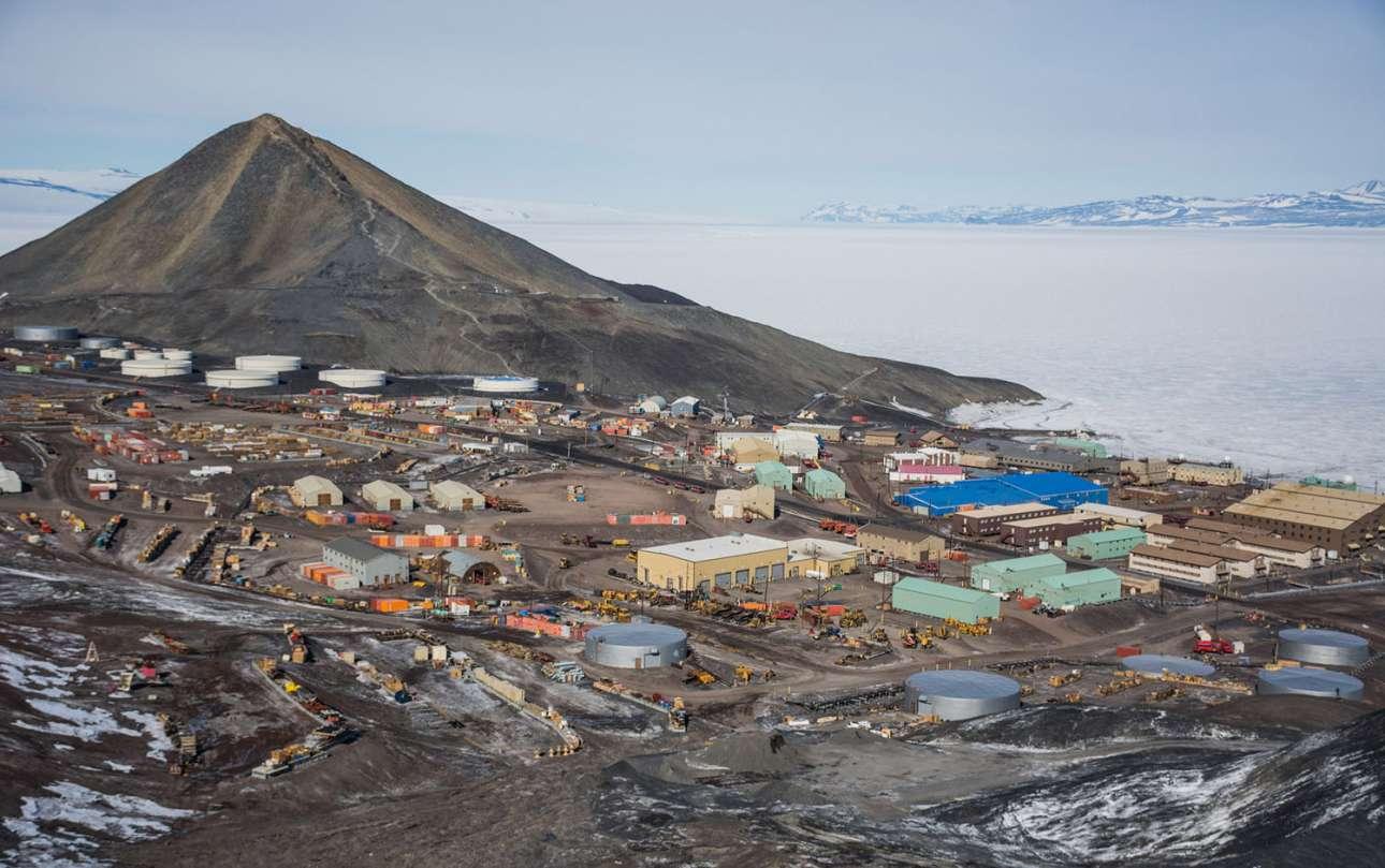 Η ερευνητική βάση ΜακΜέρντο στο νησί Ρος της Ανταρκτικής