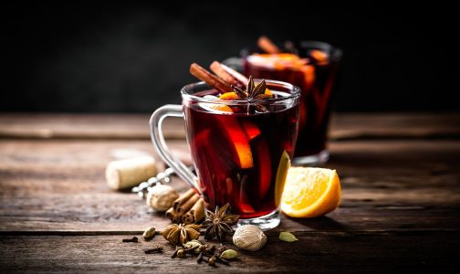 mulled wine_562727035-1290