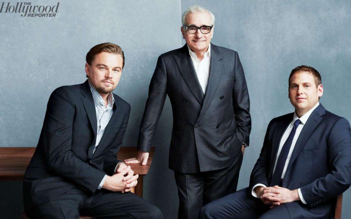 Με τον -αγαπημένο του- Λεονάρντο ντι Κάπριο και τον ανερχόμενο Τζόνα Χιλ, φωτογραφημένοι για το Hollywood Reporter στον «Λύκο της Γουόλ Στριτ»  (2013)