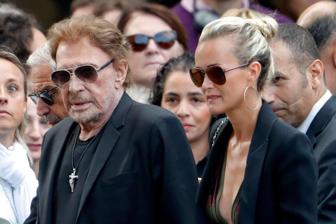 Μια από τις τελευταίες δημόσιες εμφανίσεις του Χαλιντέι, τον περασμένο Σεπτέμβριο στην κηδεία της ηθοποιού Μιρέιγ Νταρκ. Δίπλα του η σύζυγός του Λετίσια