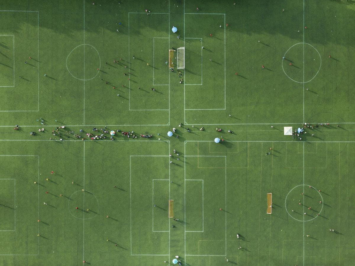 Θα μπορούσε να είναι ένας αφαιρετικό έργο τέχνης, αλλά είναι το γήπεδο ποδοσφαίρου Πρόσπεκτ στο Μπρούκλιν της Νέας Υόρκης, από ψηλά