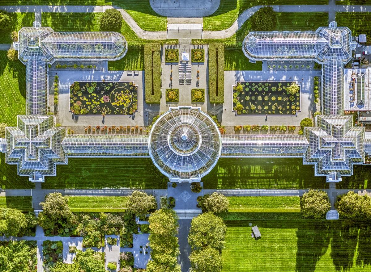 Γεωμετρικά σχέδια και συμμετρία στον βοτανικό κήπο του Μπρονξ
