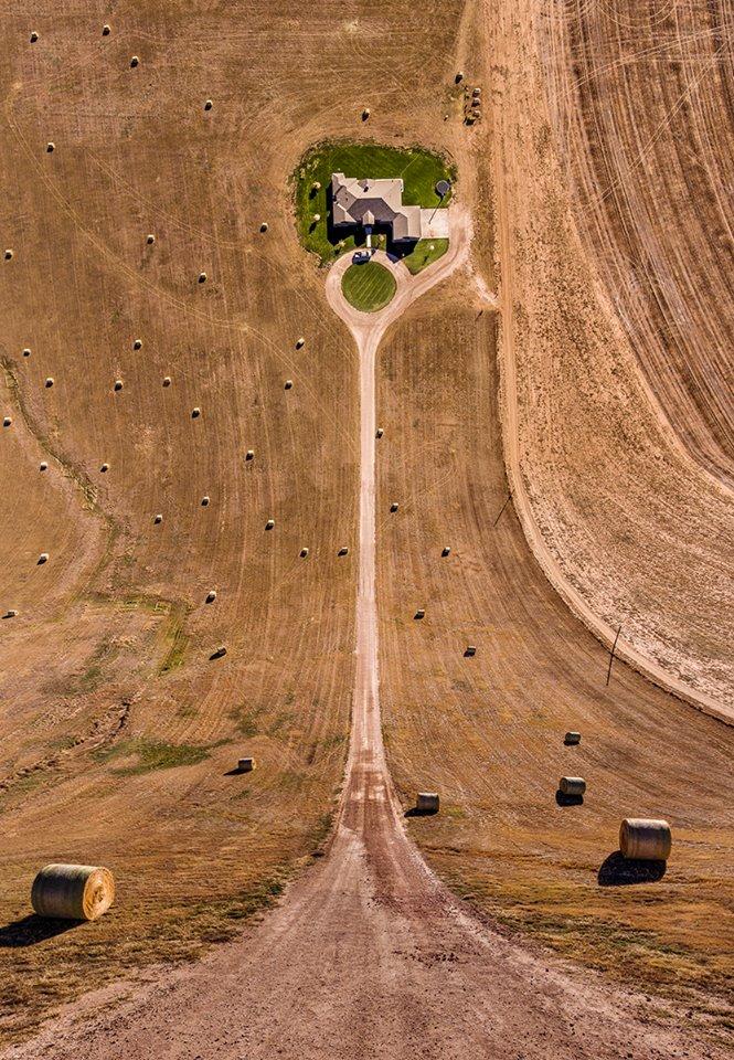 Κάπου στις ΗΠΑ: μία φωτογραφία που θυμίζει τον «Σταθμό Κούπερ», στην εκπληκτική ταινία επιστημονικής φαντασίας «Interstellar»