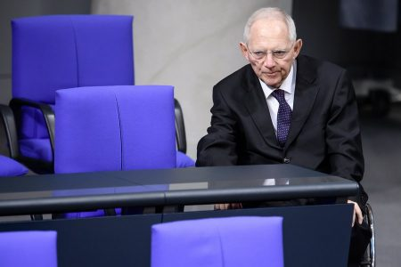 epa06384968 The president of the German Parliament Wolfgang Schaeuble during a session of the German parliament 'Bundestag' in Berlin, Germany, 12 December 2017. The heads of the Social Democrats and the Christian Democrats are about to meet on 13 December 2017 for exploratory talks in Berlin.  EPA/CLEMENS BILAN