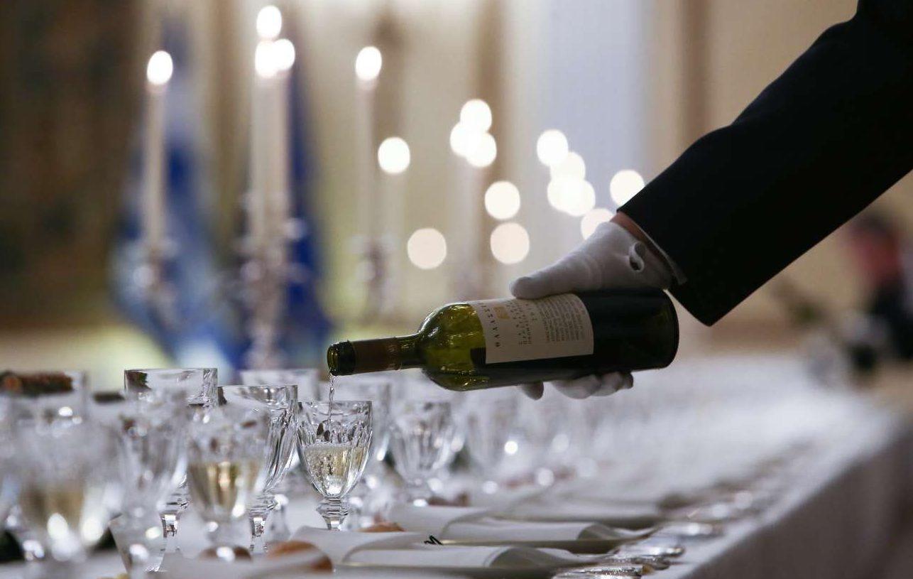 Λίγο –ή όχι και τόσο λίγο σε ορισμένες περιπτώσεις– κρασί
