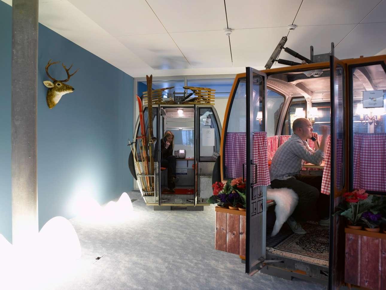 Μία ακόμη ασυνήθιστη αίθουσα συσκέψεων με βαγόνια τελεφερίκ