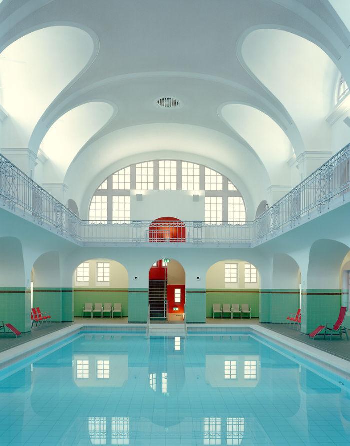 Η Αρτ Νουβό πισίνα Stadt-Bad Gotha στη Γερμανία