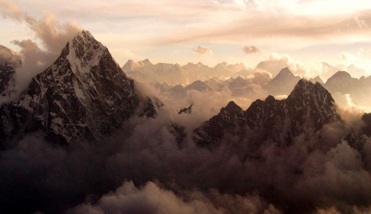 Mountain-Still4